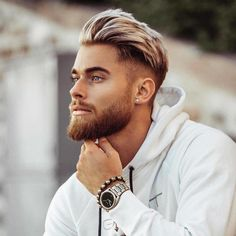 Best Skin/Bald Fade Haircut: 30 Haircut Styles for Men Mens Hairstyles Round Face, Round Face Haircuts, Cool Haircuts, Haircuts For Men, Cool Hairstyles, Office Hairstyles, Anime Hairstyles, Hairstyles Pictures, Hairstyles Videos