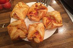 Tomaten - Mozzarella - Blätterteigtaschen
