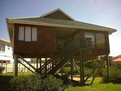 The Log Cabin lovely seaside Cottage Boggoms Bay 4 Bedrooms perfect breakage Seaside, South Africa, Gazebo, Cape, Trail, Bedrooms, Cottage, Outdoor Structures, Places