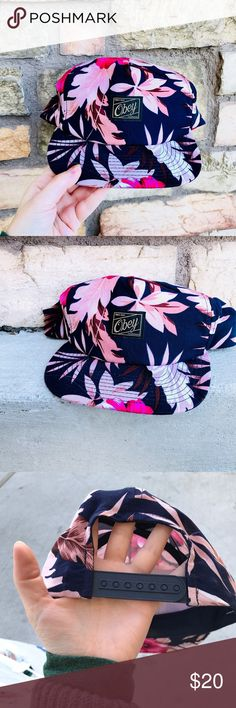 TROPICAL UNISEX OBEY SKATE PANEL BASEBALL SNAP HAT OBEY skater pink & navy blue palm tree tropical print SnapBack hat 🌸   UNISEX & like new  thin material, so super lightweight and perfect for summer Obey Accessories Hats