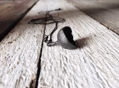 Pendentif Long en argent Sterling Bijoux pendentif noir par CyKLu