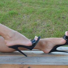 38 Mule Shoes To Inspire Everyone - New Shoes Styles & Design Open Toe High Heels, Black High Heels, Talons Sexy, Mode Shoes, Beautiful High Heels, Sexy Legs And Heels, Killer Heels, Women's Feet, Heeled Mules
