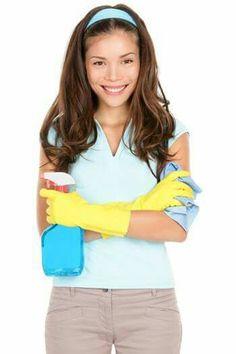 Si buscas una nueva herramienta de limpieza que no sea tóxica, el vinagre blanco es perfecto por ser antimicrobiano, lo cual lo convierte en un desinfectante. Mezclándolo con agua, se puede convertir en un limpiador de uso múltiple. Sin embargo, este no debe ser usado sobre granito o piedra caliza dentro de nuestros hogares.