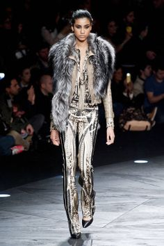 Roberto Cavalli Fall 2014 Ready-to-Wear Runway - Roberto Cavalli Ready-to-Wear Collection