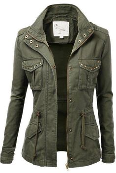 Trendy Military Cotton Drawstring Jacket Studded Military Jacket for Women. SO CUTE! I'd pair it with brown or khaki pants and a white top.Studded Military Jacket for Women. SO CUTE! I'd pair it with brown or khaki pants and a white top. Military Jacket Women, Military Style Jackets, Military Fashion, Army Jackets, Military Clothing, Vogue Fashion, Look Fashion, Winter Fashion, Womens Fashion