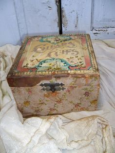 Men's Victorian Celluloid Cuff & Collar Box