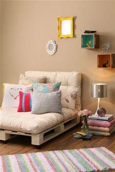 "Palets - sofa. [Contacto]: ► www.nestorcarrarasrl.wordpress.com Néstor P. Carrara S.R.L ""Desde 1980 satisfaciendo a nuestros clientes"""