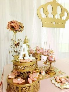 Pink and gold princess baby shower party! See more party ideas at… Gold Birthday, Princess Birthday, Princess Party, Royal Princess, Parisian Baby Showers, Royal Baby Showers, Baby Shower Cakes, Baby Shower Parties, Shower Party