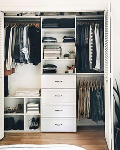 😍 Swipe through to see closet set up before she added these game-changing organization solutions.✨ Tap the link in our bio to shop for your own closet organization project. Small Closet Design, Master Closet Design, Master Bedroom Closet, Small Closets, Closet Designs, Walk In Closet Small, Dream Closets, Closet Renovation, Closet Remodel