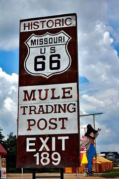 Another great old location on Route 66 in Missouri, near Rolla. Route 66 Usa, Route 66 Sign, Old Route 66, Route 66 Road Trip, Historic Route 66, Travel Route, Travel Usa, Travel Oklahoma, Kansas