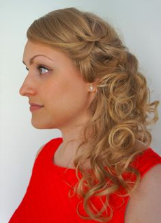 Wedding hairdo, braided loose curls. See my other work at: http://www.etsy.com/shop/Blingalong blingalong.blogspot.fi