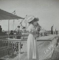 Queen Marie with Mircea.  Ca 1914