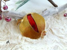 Pomegranate  Christmas brass ornament lucky by GeorgiaCollection, €22.00