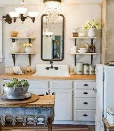 Rustic kitchen (with chandelier).