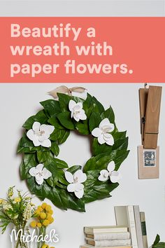 Wreath Crafts, Diy Wreath, Décor Crafts, Diy And Crafts, Paper Flowers Craft, Flower Crafts, Paper Craft, Cold Porcelain Flowers, Magnolia Flower