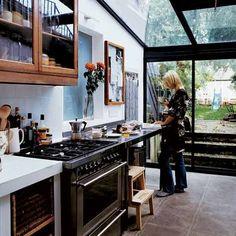 Arty Victorian terrace home kitchen. Interior Exterior, Home Interior, Kitchen Interior, Kitchen Design, Kitchen Decor, Kitchen Art, Eclectic Kitchen, Open Kitchen, Kitchen Tools