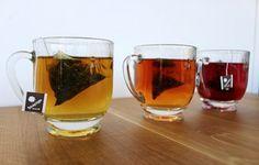 Glass bee mug