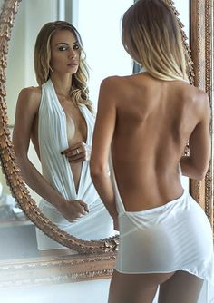 Love the curve of her back ... Bet there's a beautifully toned tummy that's equally kissable! Can't beat kissing a lady head to toe :-)