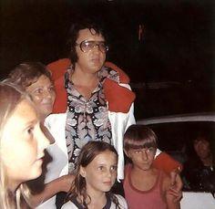 Risultati immagini per Elvis Presley - US Male (New Edit)