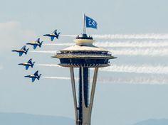 Seattle Seahawks Space Needle 12 flag