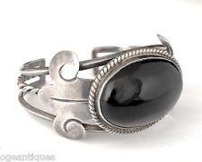 big Los Castillo Mexican silver and black onyx Cuff Bracelet vintage Taxco 925