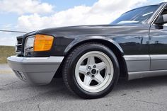 1987 Mercedes-Benz 500-Series 560 SEC ONE OF THE BEST 560 SEC IN THE WORLD!!!! MINT ORIGINAL