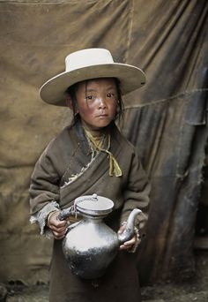 Kham, Eastern Tibet : Portraits : Alison Wright