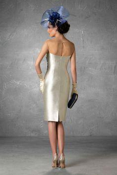 Vestidos de Madrina Esthefan y Fiesta 2018 - Wedding godmother-matrimonio Tea Length Dresses, Short Dresses, Mom Dress, Formal, Mother Of The Bride, Bride Groom, Special Events, White Dress, Gowns