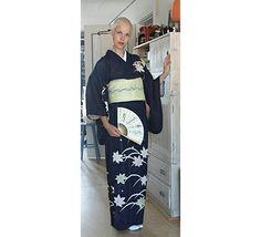 Berber Oostenbrug  Portretten   Glamour Portfolio   Sprookjes & Fantasieën   Vrij Werk   Kimono Styling Kimono Berber wearing fabulous Momijii tsukesage