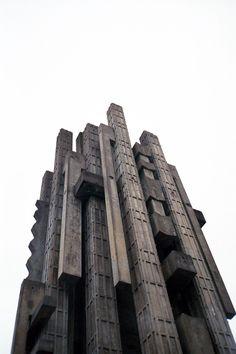 Architecture of Doom: Photo Futuristic Architecture, Interior Architecture, Minecraft Architecture, Cultural Architecture, Contemporary Architecture, Brutalist, View Photos, Concrete, Scenery
