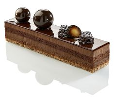 Royal by Pascal caffet. looking for ball molds out of one piece? Zumbo Desserts, Gourmet Desserts, Plated Desserts, Delicious Desserts, Dessert Mousse, Coffee Dessert, Pastry Cook, Pastry Art, Love Chocolate