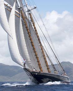 The Schooner Columbia Looking Great at the 30th Anniversary of the Antigua Classic Regatta last week #antigua #acyr #regatta…