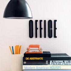 Arne Jacobsen puukirjain, harmaa