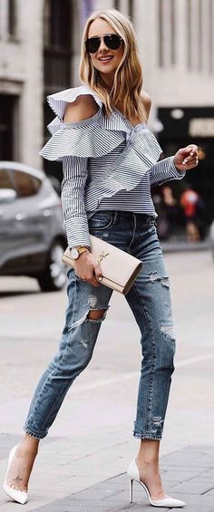 striped asymmetrical long sleece topwith cropped denim, white heels and YSL clutch. #streetstyle #ootd #inspo