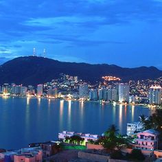 #Acapulco on #Mexico's Pacific Coast, is surrounded by the Sierra Madre del Sur mountains and is famous for its high-energy nightlife, beaches and golf!  #travel inspirations #mexico #vacation #outnabouttravel #travelsolo_notalone