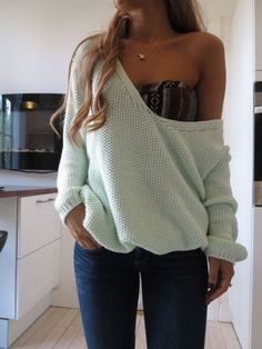 Relaxed sweaters + Printed bandeaus.