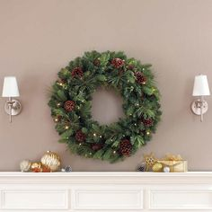 """Indoor Outdoor Artificial Greenery Wreath 50 LED Lights 32"""" Battery Operated New #Unbranded"""