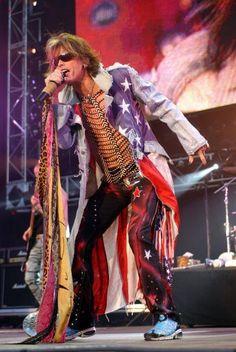 MUSIC STARS AND STRIPES AMERICAN FLAG PATRIOTIC...........STEVE TYLER