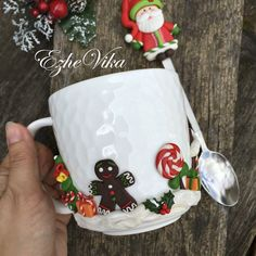 Mugs decorated with polymer clay - FImo DIY, polymer clay tutorials Homemade Polymer Clay, Diy Clay, Clay Jar, Clay Mugs, Clay Flower Pots, Polymer Clay Flowers, Make Your Own Clay, Mug Decorating, Hand Painted Mugs
