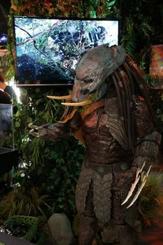 """If it bleeds, we can kill it"" #SDCC #Predator"