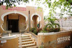 Fachada Casa de la Cultura en rehabilitación