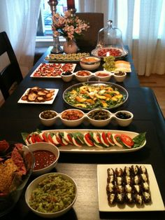 Appetizer spread. Click to see how to create one for your next party.