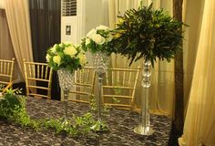 small long table flowers are very pretty and cute