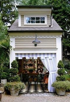 Garden shed and landscaping idea