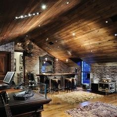 Vaulted wood ceiling//stone wall