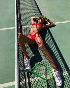 Photographie Portrait Inspiration, Bikini Poses, Tennis Fashion, Insta Photo Ideas, Summer Aesthetic, Photo Instagram, Instagram Baddie, Instagram Nails, Insta Instagram