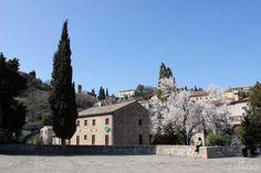 Arquà Petrarca - Euganean hills, Italy. ©ZAINOO