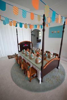 Goldilocks & The Three Bears Birthday Party: The bed as a table. Brilliant!