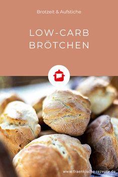 Wenn ihr Kohlenhydrate einsparen möchtet, eignen sich unsere Low-Carb Brötchen perfekt dafür! Die luftigen Brötchen sind nicht nur figurfreundlich und köstlich, sondern auch leicht zuzubereiten. Hamburgers, Law Carb, Kefir Benefits, Kefir Recipes, Healthy Snacks, Healthy Recipes, Le Diner, Calorie Diet, Low Carb Keto