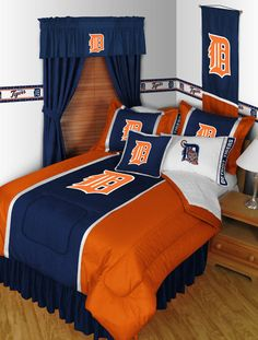 Detroit Tigers MLB Sidelines Room Comforter and Sheet Set Size Queen #SportsCoverage